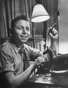 Tennessee Williams at typewriter in 1945, age 34.