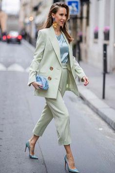 Classy Street Style, Pastel Outfit, Purple Pants Outfit, High Fashion, Womens Fashion, 80s Fashion, Street Fashion, Mode Streetwear, Mode Hijab