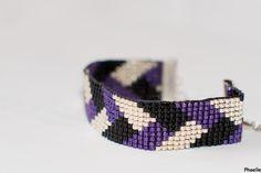 Le bracelet est réalisé à la main, en tissage de perles. Les perles délicat miyuki sont de petites perles de rocailles japonaises. Leur forme cylindrique permet un tissage parf - 12306683
