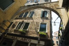 All'Arco - Lonely Planet