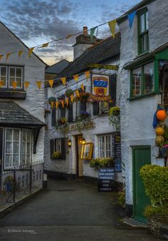 The Three Pilchards, Polperro, Cornwall. The oldest pub in the village. Yorkshire England, England Uk, London England, Oxford England, Yorkshire Dales, Polperro Cornwall, Beautiful World, Beautiful Places, Plymouth England