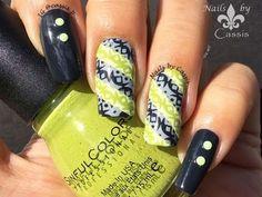 Nails by Cassis: Green x Gray Geometrics Mani #nails  ♦ℬїт¢ℌαℓї¢їøυ﹩♦