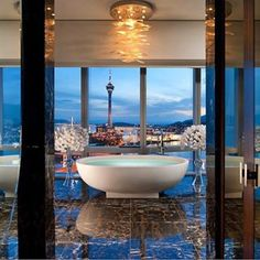 Bath room luxury hotel mandarin oriental 22 new Ideas Home Decor Online, Home Decor Store, Best Interior Design, Home Interior, Bathroom Interior, Mandarin Oriental, Jeddah, Design Hotel, Bath Design