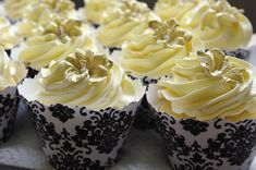 gold icing flowers - Google Search
