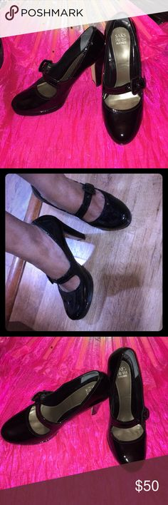 """Patent platform pumps Beautiful and comfortable. 1/2"""" front platform, 4 1/2 heels  Worn once in a wedding, dance all night. But not my style. Cleaning my closet. Saks Fifth Avenue Shoes Heels"""