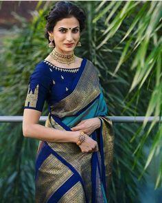 Silk Saree Blouse Designs, Saree Blouse Patterns, Indian Blouse Designs, Look Fashion, Indian Fashion, Gothic Fashion, Fashion Beauty, Sari Bluse, Indische Sarees