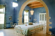 #limestone #Pool #fountain #antique #Italy #best #provencal #villa #antique #garden #outdoor #beautiful #wall #cladding #arch  #DiningRoom