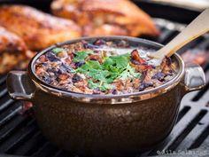 Well, hello! Tämä savustettu papupata on BBQ grillaajien all time favorite! Eikä suotta, testaa vaikka!