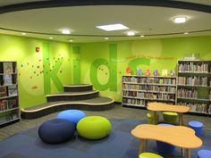 √ Modern, simple and minimalist children's library design inspiration Library Wall, Kids Library, Dream Library, Elementary Library, Preschool Library, Library Signage, Classroom Furniture, Library Furniture, School Furniture