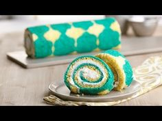 Create a Cake Roll using the Inlay Cake Design Technique - YouTube