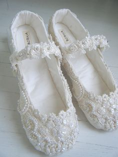 Ivory Lace Mary Jane Bridal Shoes, Custom Made Wedding Flats, Bobka Shoes by Bobka Baby. $225.00, via Etsy.