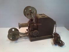 Old projector metal di ItalianHistory su Etsy