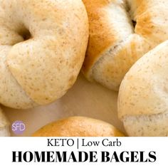Keto Low Carb Homemade Bagels (took a lot of kneading for dough to come together. Made six nice thick bagels in doughnut pan. Low Carb Bagels, Keto Bagels, Pain Keto, Low Carb Flatbread, Pan Sin Gluten, Homemade Bagels, Bagel Recipe, Menu, Dessert Recipes
