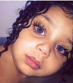Pretty Kids, Pretty Baby, Cute Kids, Cute Little Baby, Cute Baby Girl, Cute Babies, Most Beautiful Eyes, Stunning Eyes, Beautiful Children