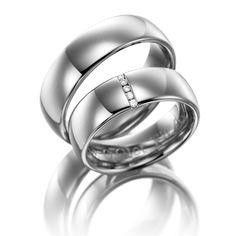 Eheringe 123gold MyStyle - Legierung: Weißgold 375/- Breite: 6,50 - Höhe: 1,50 - Steinbesatz: 5 Brillanten zus. 0,04 ct. tw, si (Ring 1 mit Steinbesatz, Ring 2 ohne Steinbesatz). Alle Eheringe können Sie individuell nach Ihren Vorstellungen konfigurieren.