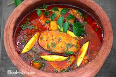 Andhra(Nellore) style Tangy and tasty fish curry made with sour unripe mango. Kheer Recipe, Biryani Recipe, Masala Recipe, Easy Chicken Recipes, Fish Recipes, Seafood Recipes, Indian Prawn Recipes, Kerala Recipes, Kitchens