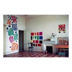 Henri Matisse's studio, Hotel Regina, Nice, ca. 1952. #henrimatisse #hotelregina #cutouts #nice