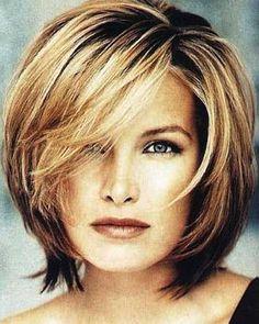 Medium Bob Hairstyles for Women-1