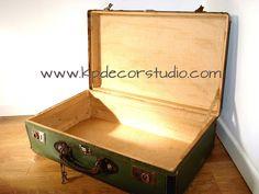 Maleta antigua color verde ** Olive green Old suitcase