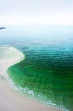 .Green to blue...the beautiful sea.