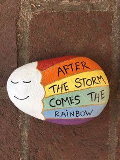 Rock Painting Ideas Discover After The Storm Comes The Rainbow. Memory and Kindness rocks. Listing is for ONE rock. Rock Painting Patterns, Rock Painting Ideas Easy, Rock Painting Designs, Paint Designs, Rock Painting Kids, Ladybug Rock Painting, Rock Painting Supplies, Painted River Rocks, Painted Rocks Craft