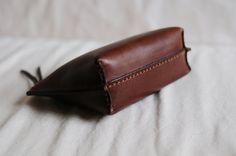 Hand Stitched Dark Brown Leather Pouch от ArtemisLeatherware