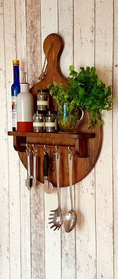 The beautiful pizza paddle peel display shelf is a great addition to any kitchen. Whether you use it to display herbs or keep your spices easy to access the pizza paddle shelf can be used in hundreds of different ways.