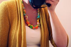 How to make a teething necklace (& how stylish is this necklace in the first place?! #win)