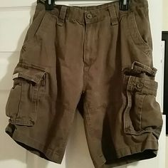 Men's Nautica cargo shorts 32 Size 32 waist Light stains on front see pic No holes Nautica Shorts Cargos