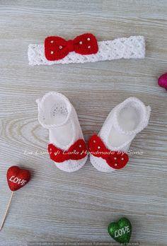 scarpette e fascetta per neonata a uncinetto di LaLunadiLanaHandmade su Etsy