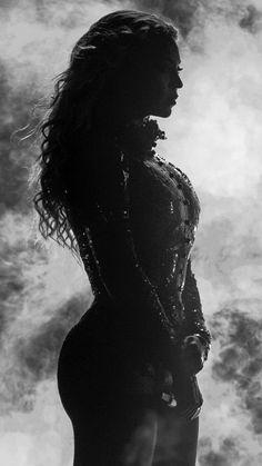 Beyoncé's Emotional Moment On Stage‼️ Beyonce Fans, Beyonce Style, Beyonce And Jay Z, Beyonce Album, Beyonce Performance, Beyonce Coachella, Images Esthétiques, Beyonce Knowles Carter, Cultura Pop
