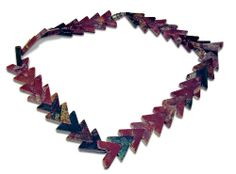 A beautifully shaped Jasper necklace with a length of 40 cm (15 3/4 inches