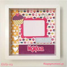 Χειροποίητη #κορνίζα με χαρούμενα μοτίβα για τις μικρές κυρίες! Λαχταρτιστά cupcakes και ασημένιες καρδιές! Ιδανική για κοριτσάκια από 5 ετών! Προσωποποιημενη με το όνομα που θέλετε! ➡Για παραγγελία, στείλτε μου 💌εμαιλ τον κωδικό που αναγράφεται στη φωτογραφία! 📸 🚚 Αποστολή σε όλη την Ελλάδα. #ευτυχια #χειροποίητα #δώρα #προσωποποιημενο #παιδικήκορνίζα #παιδί #κορίτσι #παιδικόδωμάτιο Sugar And Spice, Girly, Frame, Home Decor, Women's, Picture Frame, Decoration Home, Girly Girl, Room Decor