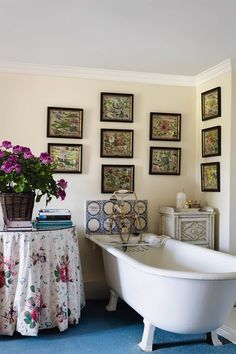 'Roses & Pansies' Table Skirting. Discover ( I have this very table cloth..but it isn't in the bathroom.)