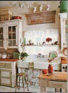 My Dream Home Shabby Chic Kitchen Decor Ideas. Seasons For All At Home Decorating In Shabby Chic. Vintage Decorating Ideas Home Interior. Cocina Shabby Chic, Estilo Shabby Chic, Shabby Chic Homes, Vintage Kitchen, New Kitchen, Kitchen Ideas, Cozy Kitchen, Vintage Sink, Kitchen Rustic