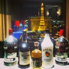 The only picture I took in Vegas. Massive week sharing a penthouse with the mongrels. ♠♥♣ ♦ #bellagio #penthouse #lasvegas #vegas #vivalasvegas #paris #smirnoff #canadianclub #malibu #tequilaiswrong #EDC #EDC2014 #drinkdrankdrunk #goinghome #detoxtime #donuts #fwc #losers #LasVegas #nightlife Check more at…
