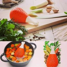 For any food lover, except recipe, the most things they collect probably are kitchen gadgets. There are so many kitchen gadgets on the market, from cooking to Kitchen Gadgets Uk, Spice Holder, Chicken Legs, Happy Foods, Cooking Tools, Cool Tools, Toys For Girls, Cool Gadgets, Cool Kitchens