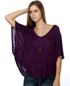 I really like those tops with flowing sleeves, and the dark purple is really pretty!