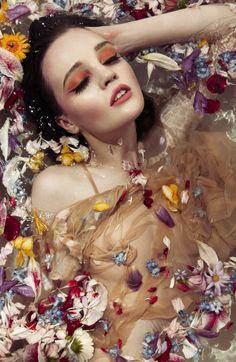 le boudoir, princesse, romantique, robe, marquise, femme, maquillage, coiffure, poupée, chaussures, couronne