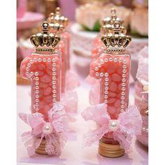 Galinha Pintadinha Festa decoraçao rosa ELSHADAYFESTAS07 Tubete número 1 para personalizar @pontodasfestas