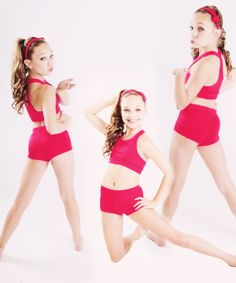 Day my favorite dancer is Maddie! I love her facials and her dances! I dance also so I do a lot of facials and know it is like! Maddie And Mackenzie, Mackenzie Ziegler, Dance Outfits, Girl Outfits, Maddie Zeigler, Brooke Hyland, Famous Dancers, Abby Lee, Teen