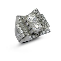 RENE BOIVIN. A diamond dress ring (=)
