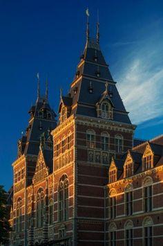 Amsterdam Rijksmuseum exterior