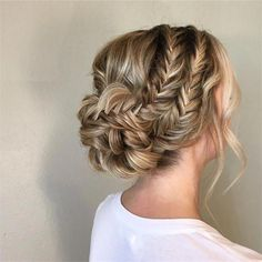 30 Bridal Hairstyles for Swoon Over - Hairstyles & Updos - Modern Sa . - 30 Bridal Hairstyles for Swoon Over – Hairstyles & Updos – Modern Salon – Hair Easy Hairstyles For Medium Hair, Braided Hairstyles Updo, Fancy Hairstyles, Trending Hairstyles, Bride Hairstyles, Updo Curly, Messy Updo, Short Bridal Hairstyles, Messy Buns
