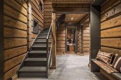 Cabin Design, House Design, Wood Interior Walls, Log Home Decorating, Cottage Renovation, Cabin Interiors, Wooden Wall Decor, Cabins And Cottages, Wooden House