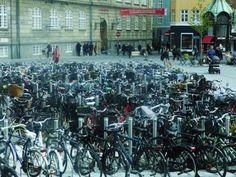 On compte plus de vélos que d'habitants dans le centre de Copenhague. L'agglomération compte près de quatre cents kilomètres de pistes cyclables. #instantVDS16