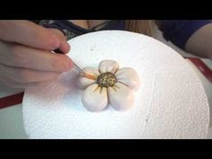 ▶ Cupcake Thun: un nuovo bellissimo tutorial! - YouTube