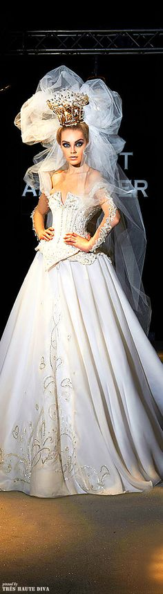 Robert Abi Nader Bridal - This Looks So Much Like A Fairytale Style Princess Look!