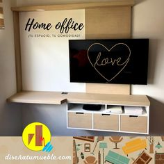 ¿Tienes un espacio pequeño y quieres integrar todo en uno?, tenemos la solución, home office a la medida; whatsapp 📲 (+57) 305 813 3893 Home Office, Flat Screen, Custom Furniture, Vintage Decor, Shelving Brackets, Desktop, Closets, Space, Blood Plasma