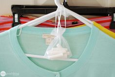 Why Didn't I Think Of That - Part Two - Hang a bag of chalk in your closets to keep your clothes smelling fresh. Chalk is excellent at absorbing moisture and odor. Window Cleaning Tips, Cleaning Hacks, Cleaning Solutions, Cleaning Products, Storage Solutions, Closet Hacks, Closet Organization, Clean Fridge, Fancy Kitchens